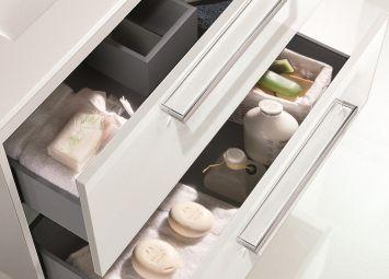 Système de fermeture progressive des tiroirs du meuble Easy de Royo